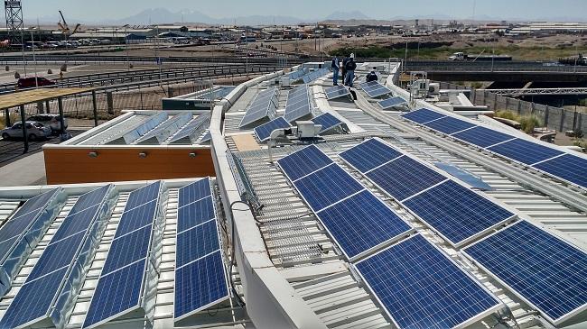 Colombia empodera a sus usuarios: autogeneración renovable hasta 5 MW y medición inteligente