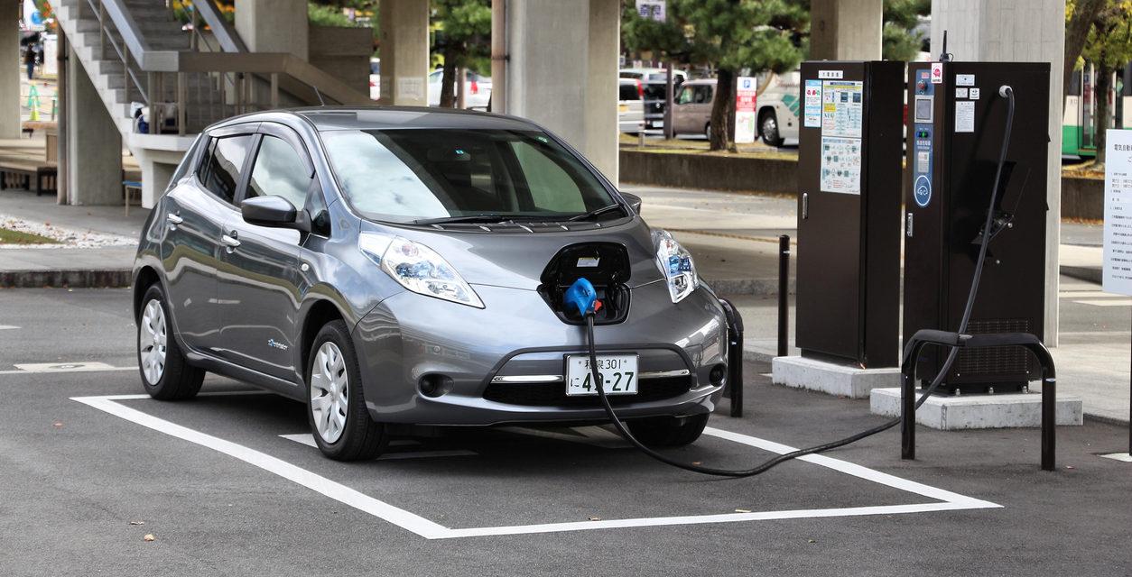 ¿Serán los próximos 15 años los últimos que veamos autos impulsados por combustibles fósiles?