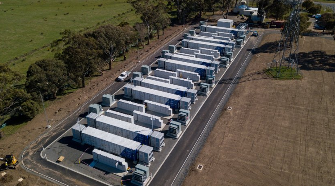 Este mes se publicarán los pliegos de la subasta de almacenamiento de energía con baterías en Colombia