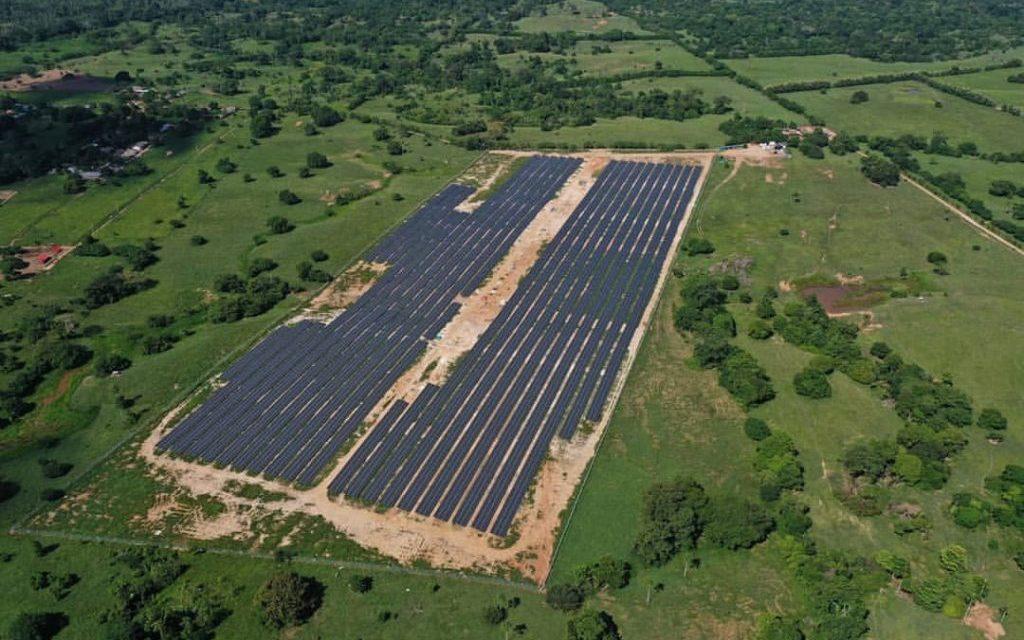 GreenYellow se compromete a invertir más de 40 millones de dólares en renovables y eficiencia energética en Colombia