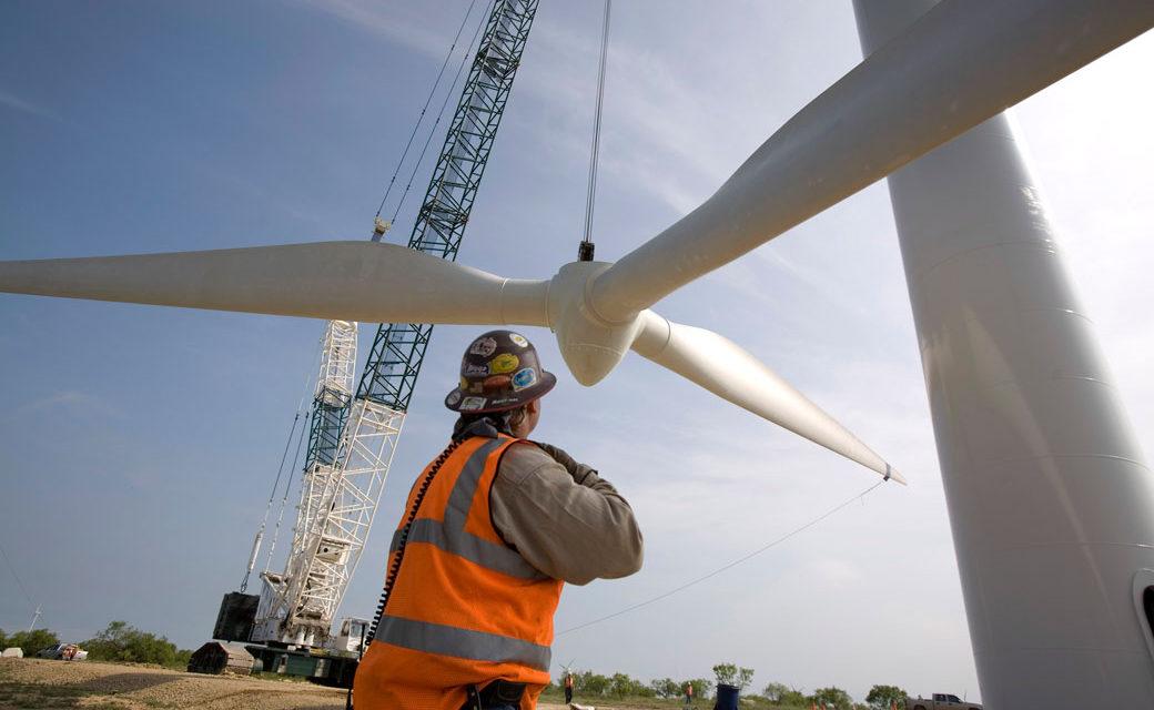 Entrarán en operaciones 30 nuevas centrales de energías renovables en Chile