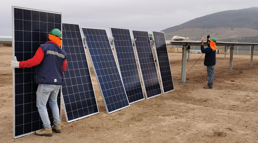 Estos son los 33 proyectos de energías renovables ingresados en febrero que buscan inversiones en Chile