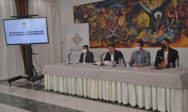 Bolivia despega como mercado emergente: El Gobierno reglamentará distribuida y apuesta por grandes parques
