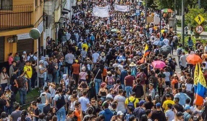 Empresarios de la energía solicitan al Gobierno de Colombia acordar con manifestantes y retomar «paz social»