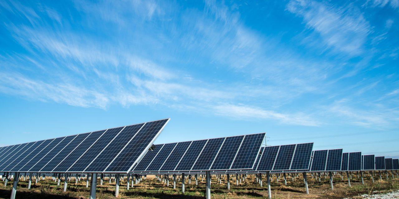 La falta de permisos de interconexión impide el avance de utility scale renovables en Baja California