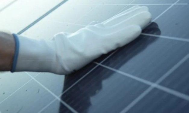 Laboratorio busca aliados para impulsar nuevas investigaciones sobre paneles solares en Panamá