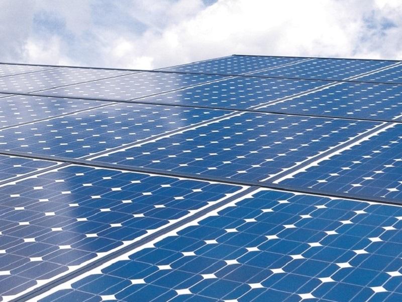 Exploran nuevos contratos PPA de energía renovable distribuida en Ecuador