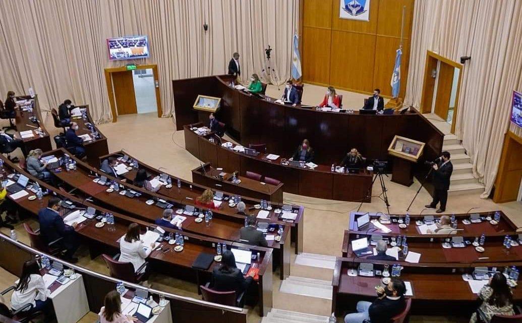 Sin grieta: Por unanimidad Neuquén aprobó adhesión «general» a Ley Nacional de Generación Distribuida