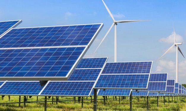 Viceministro confirma que Ecuador amplía a 500 MW su convocatoria 2021 para energías renovables