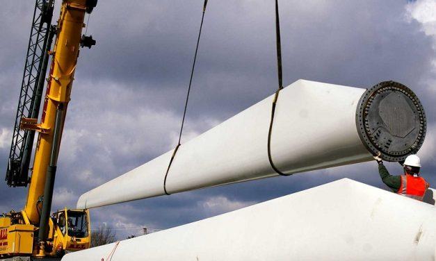CMI refuerza su apuesta por energías renovables tras su récord de colocación de bonos verdes