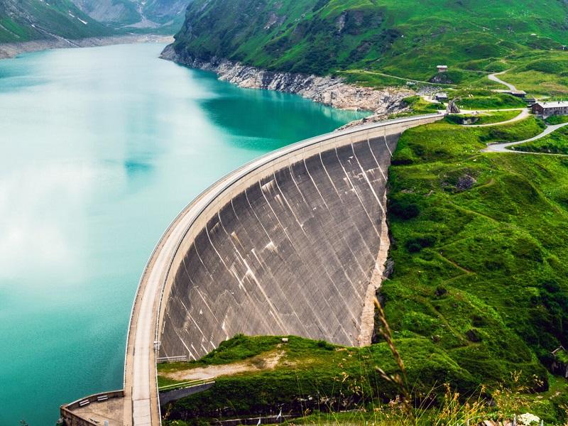 Uno por uno los proyectos hidroeléctricos que impulsará CELEC en Ecuador