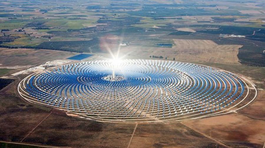 Baja precio de solar concentrada e industriales se ilusionan con la Licitación de Suministro de Chile