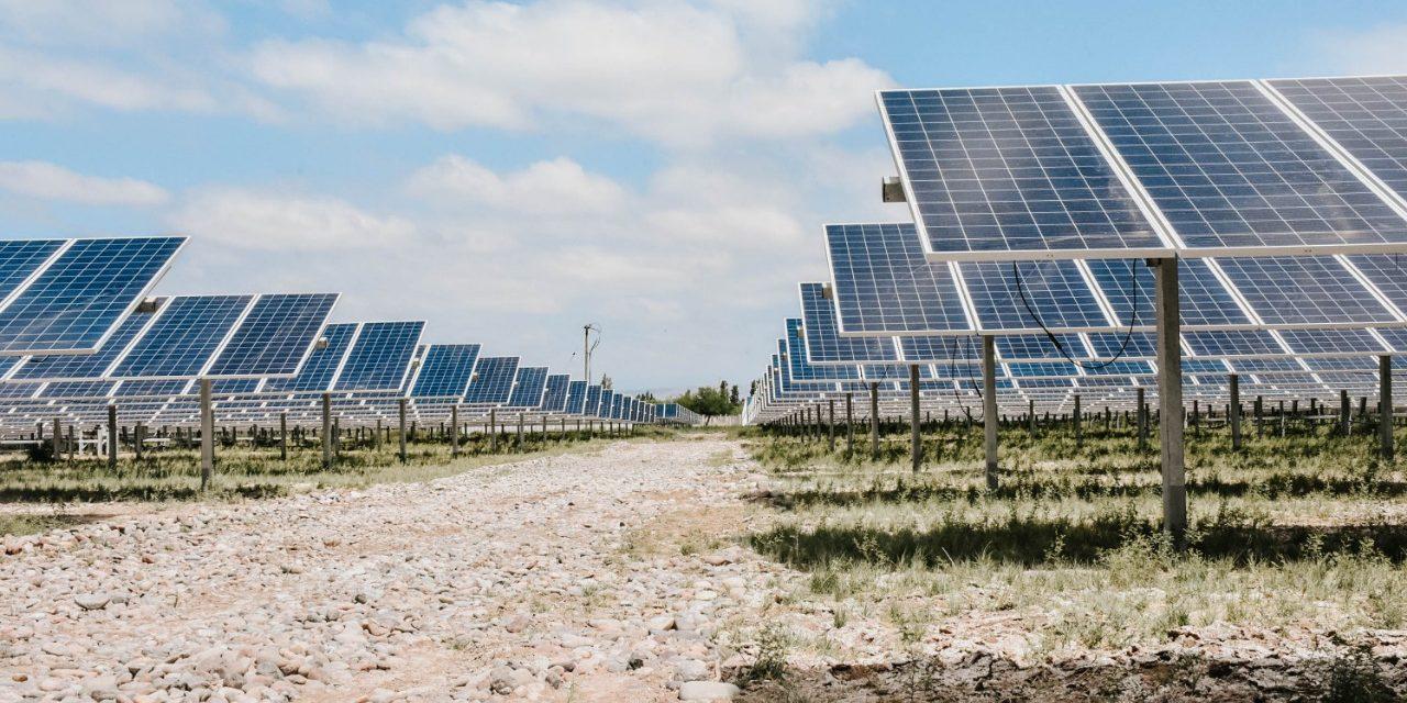 Ya son 11 proyectos: Colombia certificó más de 2.300 MW eólicos y solares fotovoltaicos
