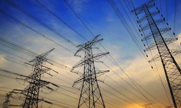 """Carlos Flores: """"Si el gobierno da prioridad de despacho a las centrales de CFE se suministrará energía más costosa"""""""