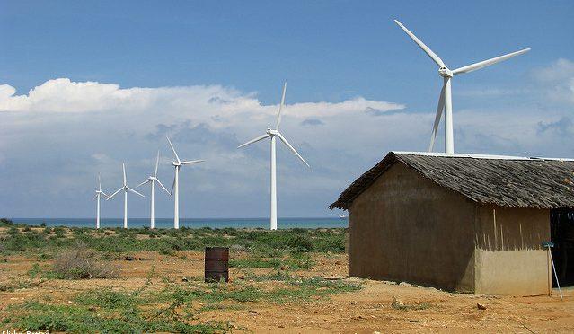 Empresas trabajan contrarreloj para construir sus parques eólicos en La Guajira