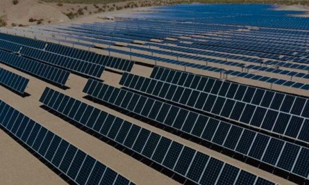 EPSE desarrolla un parque solar de 350 MW con módulos fotovoltaicos propios